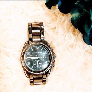 Michael Kors stainless watch 769-135